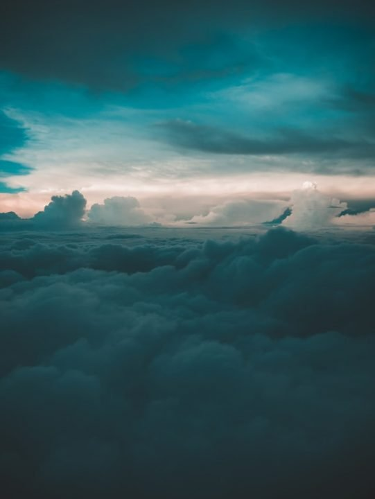 10000m nad chmurami